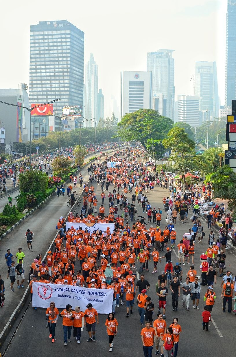 World Cancer Day 2017: Indonesian Cancer Foundation organise a street walk